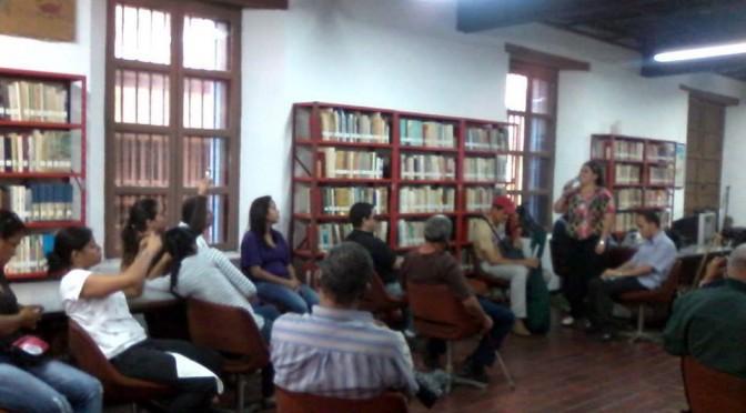 Foto de Lerkis Hernández durante su ponencia en el Encuentro en Vargas