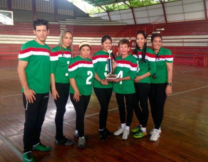 Selección de goalball femenino de Trujillo.
