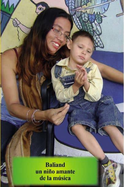 Dayan Rosales y su hijo Baliand.